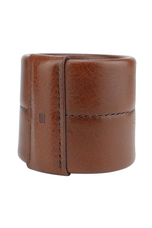 large manchette jonc sellier élégant en cuir marron made in France