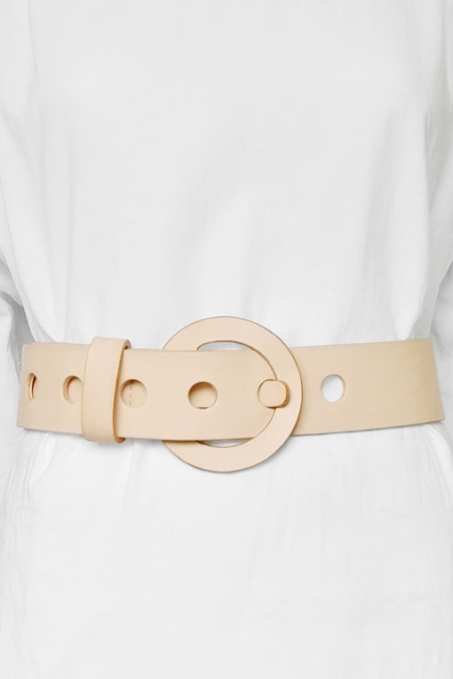 Belt Calypso designed by Fabien Ifirès, elegant fashion accessory entirely handcrafted in our workshop in Paris, 100% made in France.